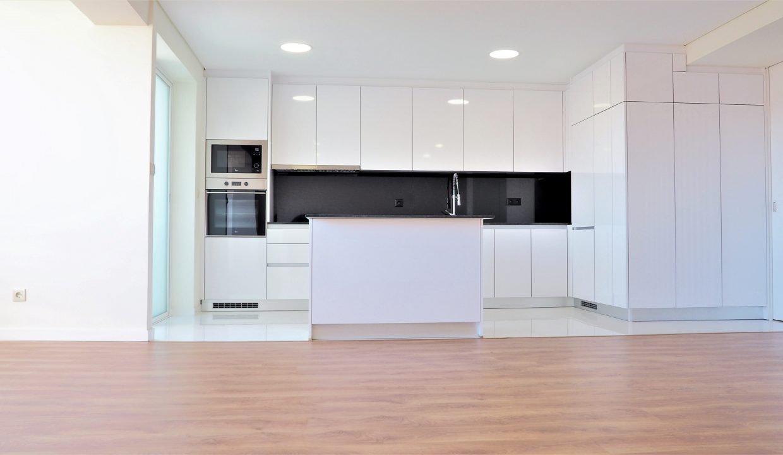 A.8 Cozinha Open Space T2 Matosinhos