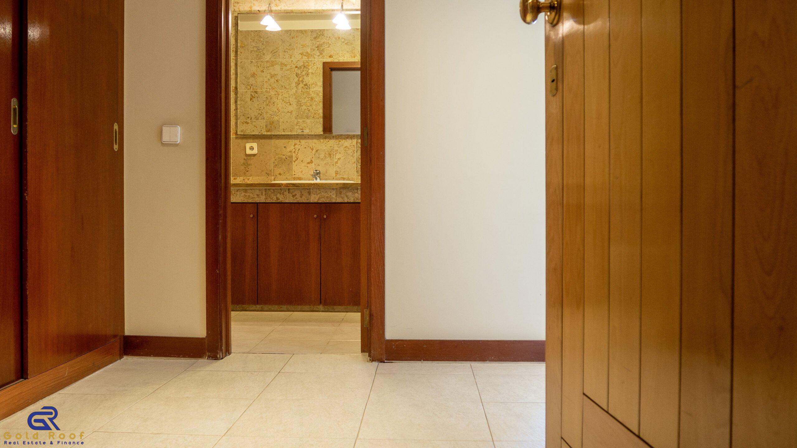 Apartamento T1, marginal de Leça da Palmeira