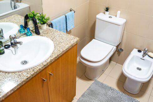 A40 WC suite T2 Sra. da Hora