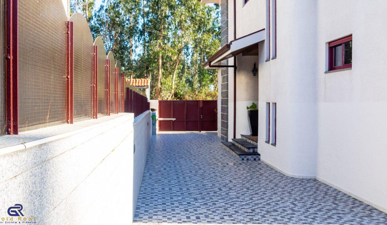 Moradia T3 Gondim Maia - Gold Roof