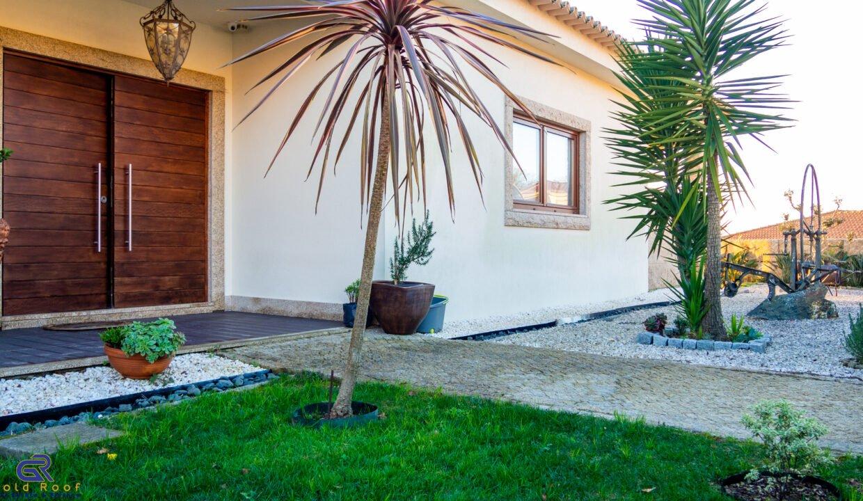 Moradia T4 Lixa Amarante - Gold Roof