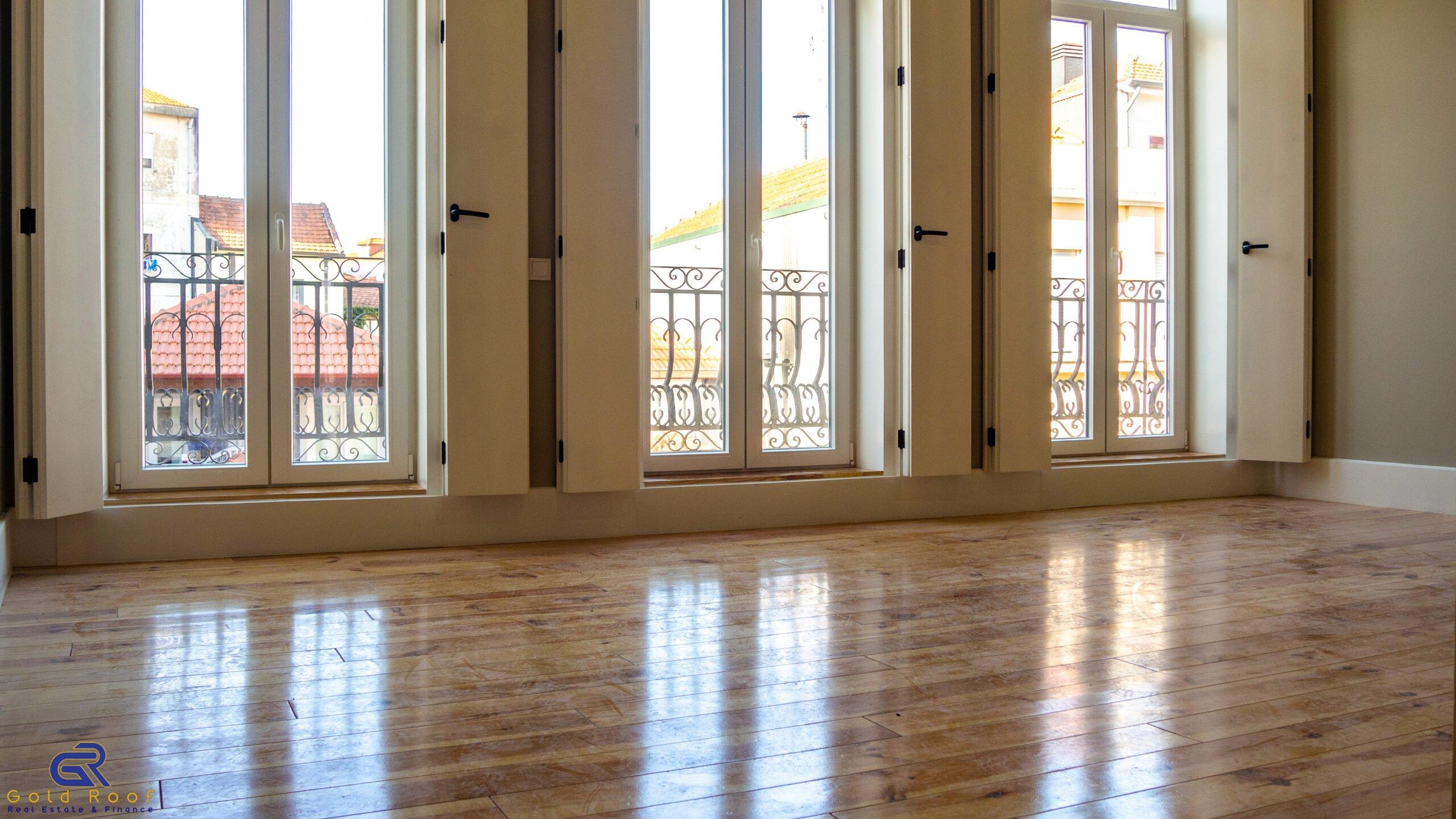 Apartamento T0 remodelado, centro do Porto.