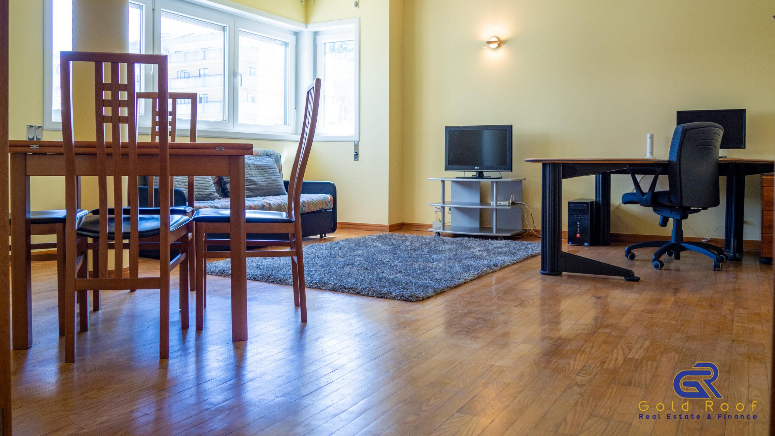 Apartamento T2, garagem privada, Amial, Porto – OFERTA ESCRITURAS