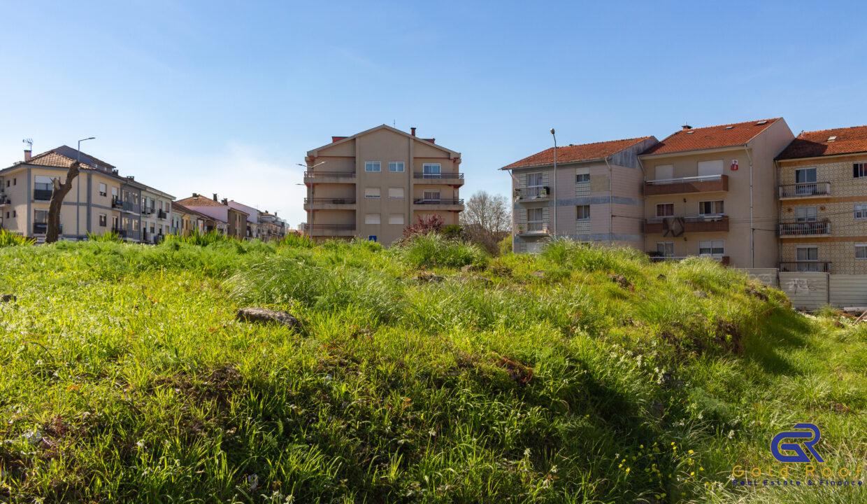 Terreno Urbano Oliveira do Douro